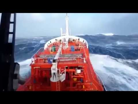 SEAFARER's / SEAMAN's LIFE: FACING HUGE WAVE DURING BIG STORM AT SEA