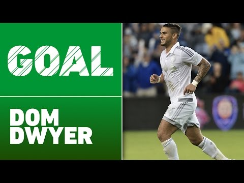 Video: GOAL: Dom Dwyer rips a LASER from 25 yards to give Sporting KC a lead