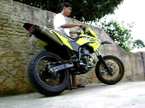 XR Tornado 250 supermotard com ponteira / escape bel parts