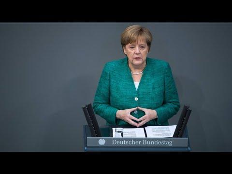 Merkel mahnt: Flüchtlingspolitik wird Schicksalsfra ...