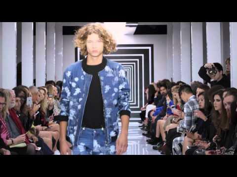 Versus Versace SS2016 Show - London Event видео