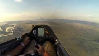 With two practiced days completed, this is the first official race day for the 2016 Nephi Glider Nationals.  65 of the nation's top pilots competed in Open, Standard and 15 meter classes.  Thanks to Andy Blackburn for the amazing aerial footage at the beginning.OLC flight trace: http://www.onlinecontest.org/olc-2.0/gliding/flightinfo.html?dsId=5140703I really messed up by playing start gate roulette which eventually made me leave about a full hour after everyone else in my class left.  Stupid!  It was an amateur move and cost me many hundreds of points as you will see at the end of the video.  The sailplane I am flying is an ASW-27B and the camera is a Go Pro 3.  I really hope you enjoy this video along with the other days of the competition that I filmed.  Safe flying! Bruno - B4
