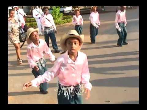 Congado, uma manifestação cultural que surgiu com os negros, tem guardas de Abaeté e Quartel Geral n