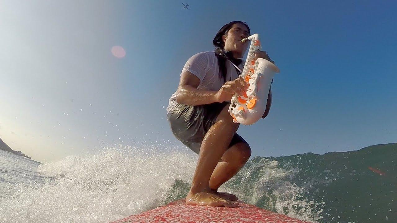 El vídeo favorito de la semana: Surf Saxophone