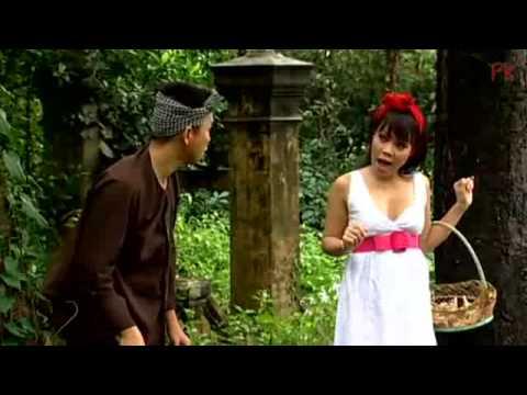 Hài :  Hoài Tâm -Việt Hương new 2012