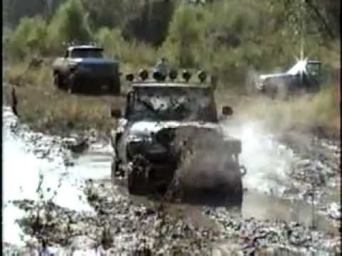 Extreme 4×4 Mud Bogging!!! Jeeps & Trucks Mud Riding in the Swamps!!