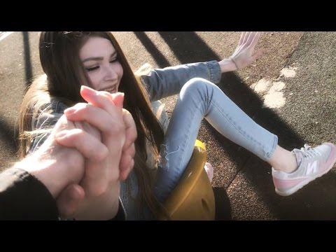ХОХОЛ В МИЛАНЕ: ВСТРЕТИЛ КАРИНУ - DomaVideo.Ru