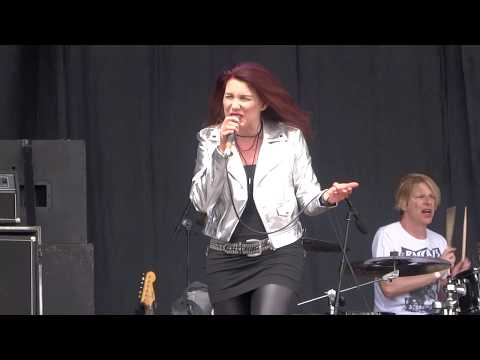 Lee Aaron - Powerline LIVE (Bang Your Head Festival 2017) видео