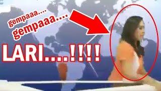 Download Video MENAKUTKAN! Gempa, Pembawa Berita TV Lari | Petugas PLN Di Tiang Listrik   - Bali Today MP3 3GP MP4
