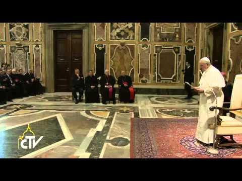 [VIDEO] Papa Francisco: Pesebre y árbol de Navidad también llegan al corazón de quienes no creen