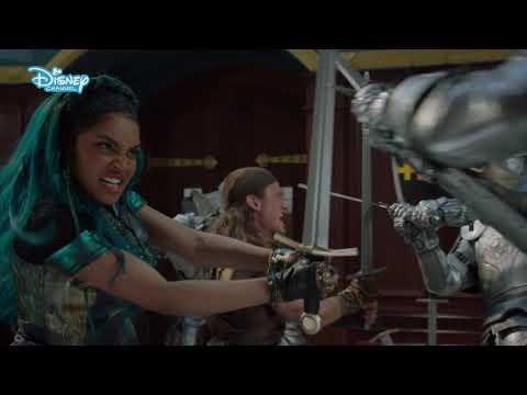 "Descendants 3 - Momento musicale - ""Night Falls"""