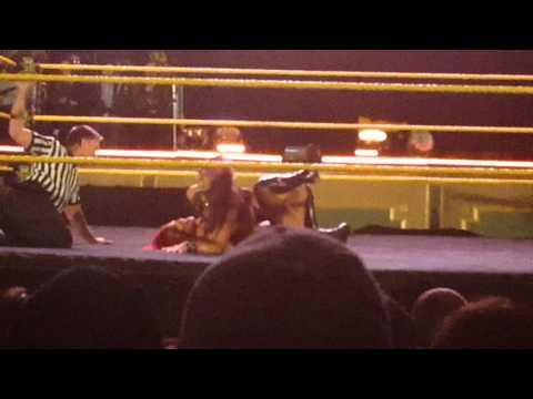 Eva beats peyton