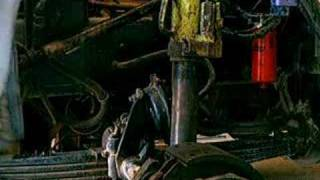 10. King Pin Removal on a 20,000 lb Steering Axle
