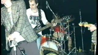 E!E-Humusák,divadlo pod Lampou 1992