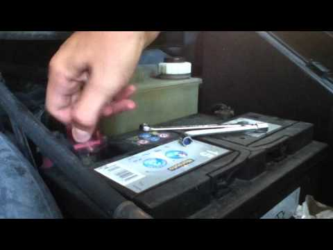 comment monter batterie voiture