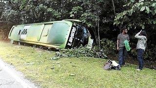 Batang Kali Malaysia  city photos : Bus overturns in Malaysia's Batang Kali