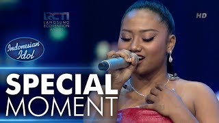Video Maria membawakan lagu Listen untuk Mavers! - Grand Final - Indonesian Idol 2018 MP3, 3GP, MP4, WEBM, AVI, FLV September 2018