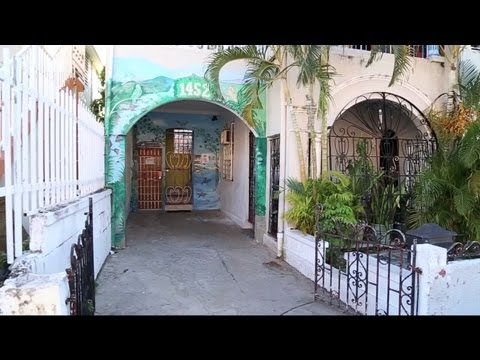 Wideo San Juan International Hostel