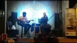 Juwita malam akustik live performance