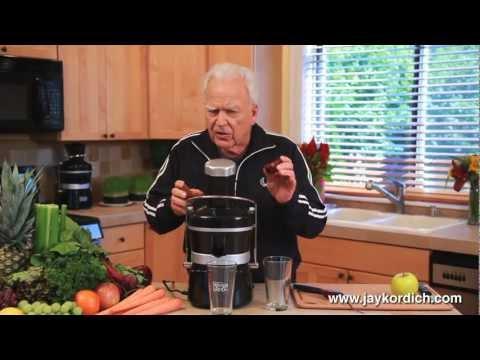 กรรมวิธีสกัดน้ำผัก/ผลไม้ ดื่มเพื่อสุขภาพ คุณตา Jay Cordich ทำเอง กินเอง สุขภาพดีด้วยตัวเอง