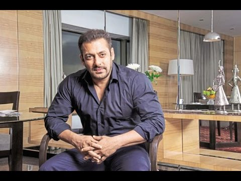 Salman Still Working Even After His Leg Injury |