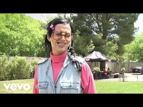 """Katy Perry - Nobody Likes Kathy Beth Terry on Facebook (Making of """"Last Friday Night (T..."""