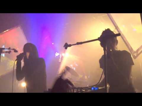IAMX - Bernadette (Live at Cabaret Sauvage)