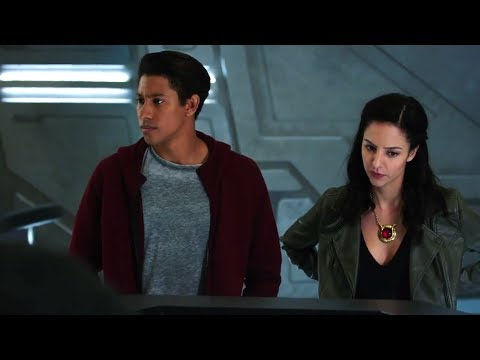 DC's Legends of Tomorrow 3x14 Extended Trailer