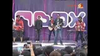 Bondan Prakoso & Fade 2 Black - Manusia Sejuta Perkara(live at inbox)
