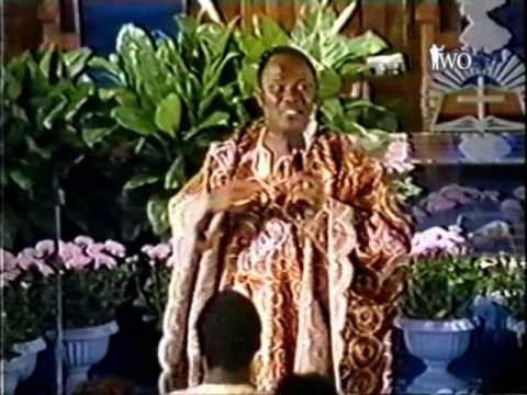 Archbishop Benson Idahosa - How to Find Favor with God 2