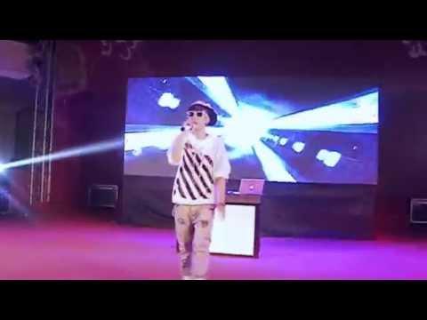 VANH LEG - hát live - Hanoi Gift Fair 8 18/10/2014