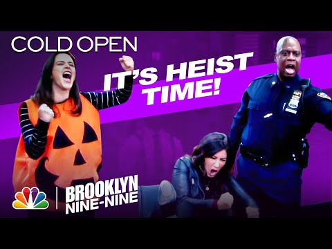 Cold Open: A Six-Month Halloween Heist - Brooklyn Nine-Nine