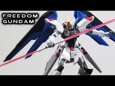 Robot Damashii (Spirits) FREEDOM GUNDAM Figure Review