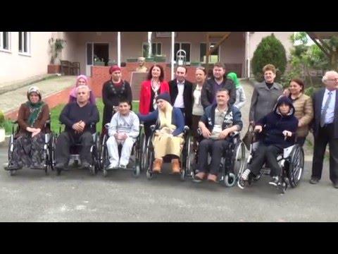 tekerlekli sandalye engelliler fiziksel engelliler dernegi
