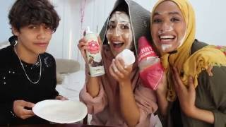 Video NO HANDS, BLIND FOLD DOUGHNUT CHALLENGE - FT. HARRIS J MP3, 3GP, MP4, WEBM, AVI, FLV Desember 2017