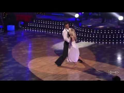 Tony Dovolani & Julianne Hough - Waltz
