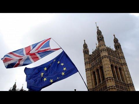 H βασίλισσα ενέκρινε την αναστολή λειτουργίας του Κοινοβουλίου…