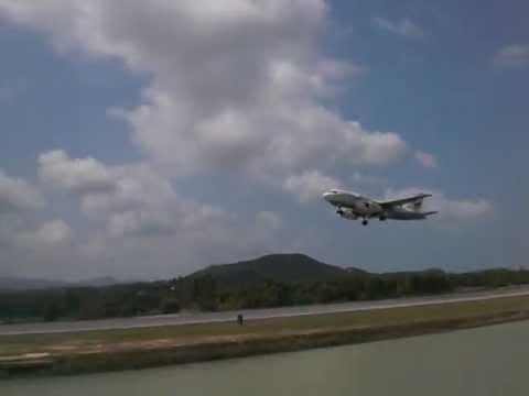 Thailand Koh Samui Airport Jetplane Start with best weather
