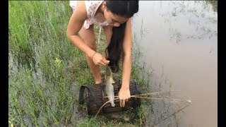Khmer Travel - Traditional Village Fishing...