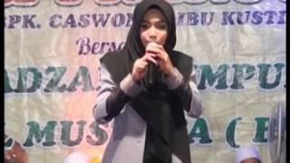 Video Ustadzah Mumpuni Handayayekti 2017 - Sumub Lor Sragi Pekalongan, 20 Maret 2017 MP3, 3GP, MP4, WEBM, AVI, FLV Desember 2018