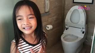 Video Liburan Akhir Tahun Keluarga Zara Cute | Norak ketemu Toilet Jepang yang Canggih di Hotel Kempinski MP3, 3GP, MP4, WEBM, AVI, FLV Januari 2019