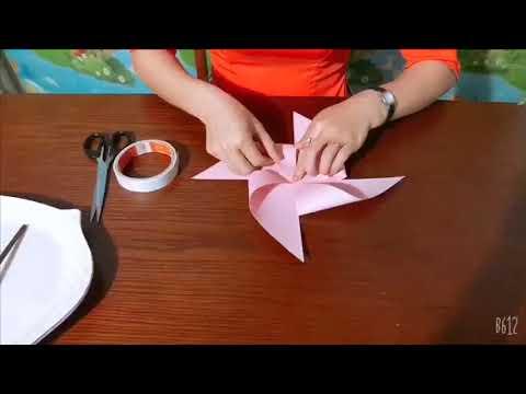 Cô Đoàn Thị Lệ Thuỷ - Hướng dẫn trẻ cắt dán chong chóng bằng giấy