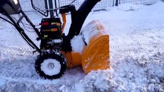 9. Snow Blower Cub Cadet 524 SWE can handle a large pile of snow