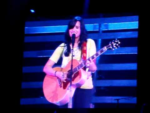 Demi Lovato - Catch Me