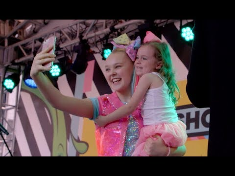 JоJо Siwа - Еvеrу Girl's А Suреr Girl (Оffiсiаl Vidео) - DomaVideo.Ru