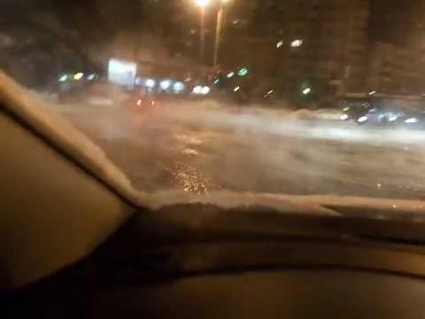 В Перми затопило кипятком улицу Стахановскую, 19.01.2017 (видео)