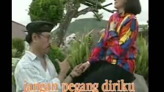 Titik Sandora   Muchsin Mian Tali   YouTube
