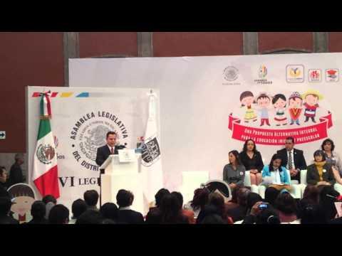 Manuel Grandos inaugura Foro Internacional