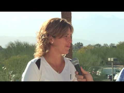 Maria José dando algunas declaraciones antes del Paribas Open