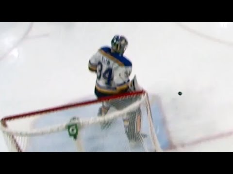 Video: Post saves Allen from a wacky bounce